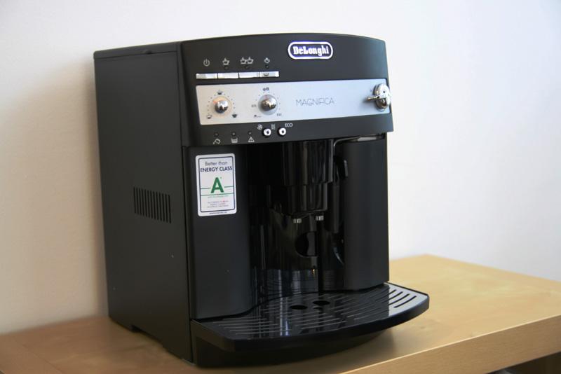 test des delonghi esam 3000 kaffeevollautomat mein. Black Bedroom Furniture Sets. Home Design Ideas